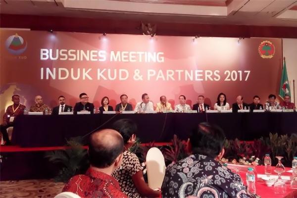 """""""Sustainable Business"""" Induk KUD"""